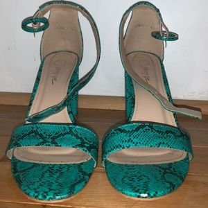 Faux Snake skin high heels size 8